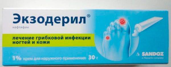 potvynių tepalas pėdų palaikimo iš kairės šepečiu edemos skauda sąnarius