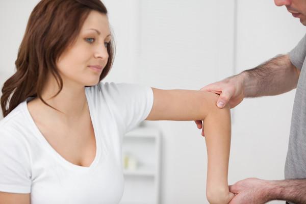 bursitas į alkūnės sąnario gydymas pečių sąnarių skausmas laukinių