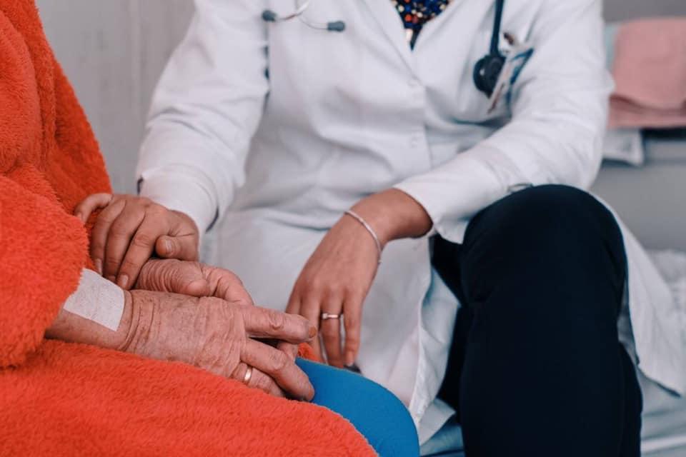 sąnarių skausmas mentės artrozė kaulai rankų valymo