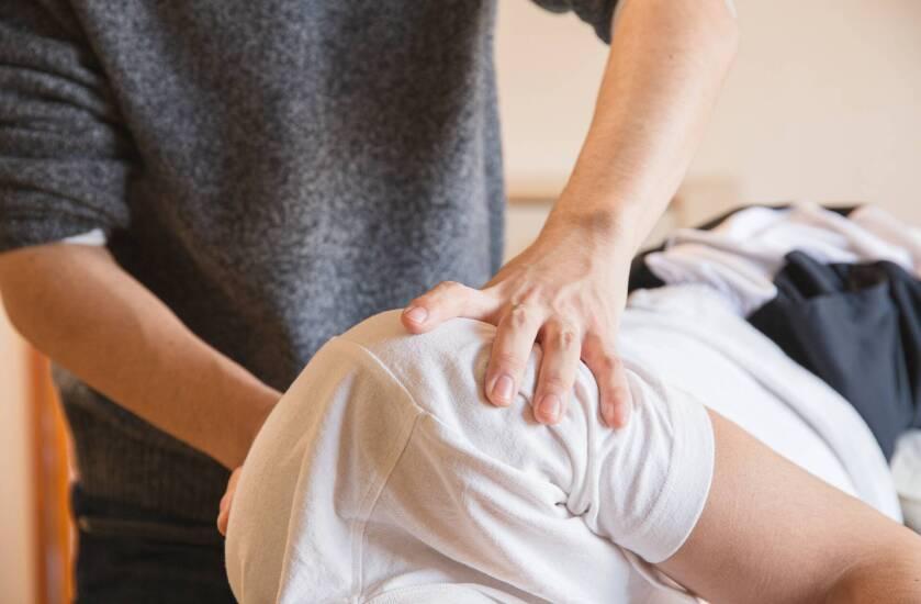 kaip pašalinti rankų uždegimą artrito trauma peties sąnario ir žasto lūžio