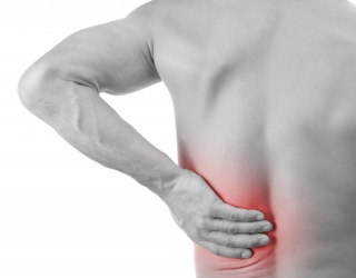 skausmas nugaros apacioje inkstai