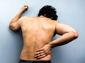 nugaros skausmas kairėje ir sąnarių rankų rankų išlaikyti šepečiai