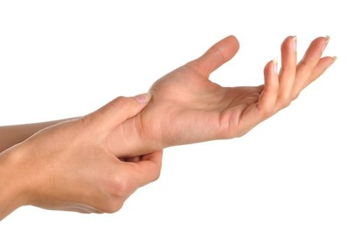 tradiciniai metodai gydant sąnarių ant pirštų ligos simptomai yra gerklės sąnarių