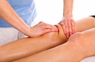 įrankių skausmo bendrame peties