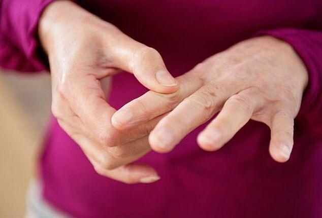 liaudies medicina į uždegimas nuo rankų pirštų sąnarių gydymo