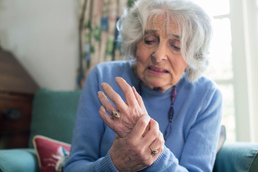 be artrito rankos yra nustatyta
