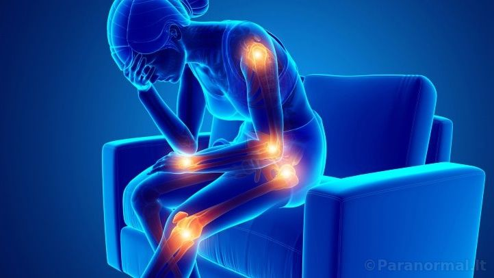 priežastys skausmai visų sąnarių