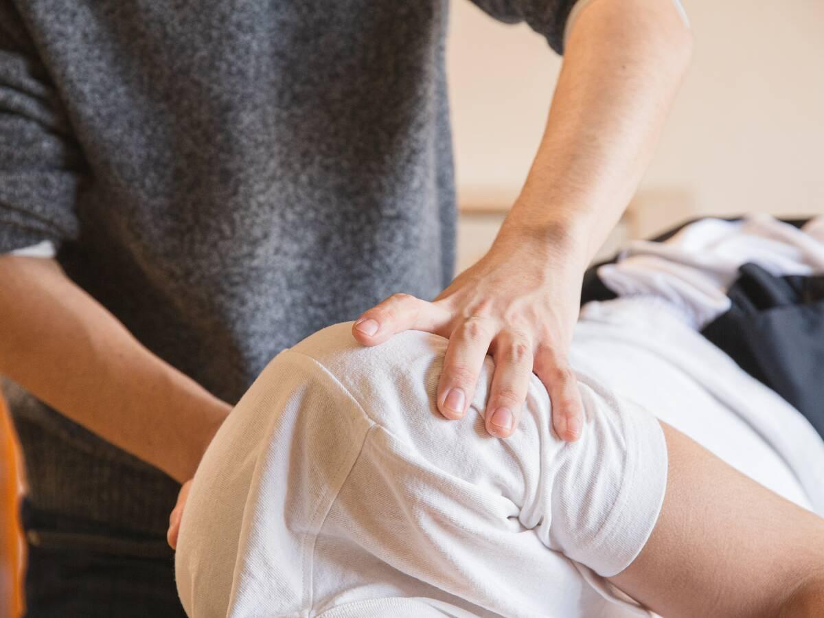gerklės sąnarių apie priežastis rankas reumatoidiniam artritui pirštai