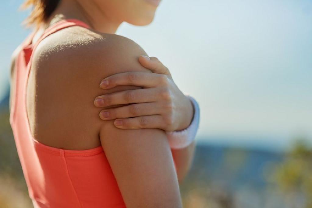 ką daryti jei skauda alkūnės sąnarių ant rankų
